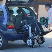 Comment charger un Eloflex dans le coffre d'une voiture
