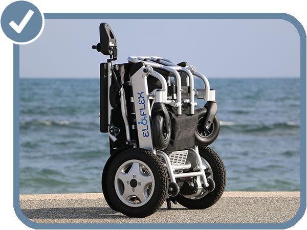 fauteuil roulant électrique pliable compact, léger et moderne