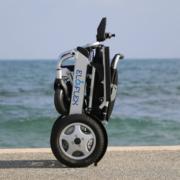 fauteuil roulant électrique pliable Eloflex modèle F plié