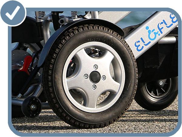 fauteuil roulant électrique pliable Eloflex moteur roue pneumatique