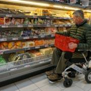 fauteuil roulant électrique pliable Eloflex supermarché